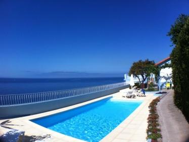 Beach House - Oceanfront with pool & garden 40352/AL