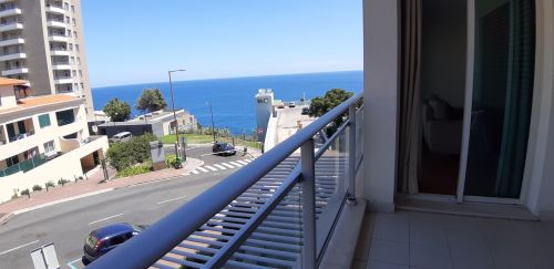 Rodamar Apartment - Charming & Romantic located in tourist area